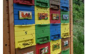 Čebelnjak, v katerem bo potekal praktični del tečaja za čebelarje začetnike.