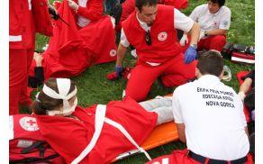 """Enota PP novogoriškega RK na reševalni vaji """"Potres"""" v Novi Gorici. Foto: Toni Dugorepec"""
