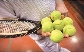 f72do_tenis_lopar_bl.1208202658.jpg
