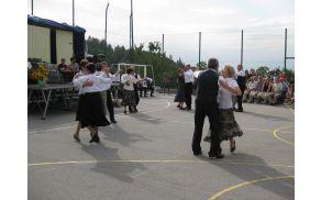V okviru kalskega TD deluje tudi uspešna Folklorna skupina. Foto: Arhiv Most