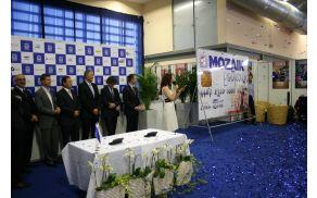 Kartico Mozaik podjetnih bodo člani Obrtno-podjetniške zbornice Slovenije prejeli ob koncu leta.