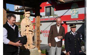 Kip so odkrili Stanko Drolc, prof. Janko Križnik in Milan Brišnik.