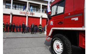 Gasilsko društvo kanal bo dobilo novo vozilo, a pod določenimi pogoji. Foto: Toni Dugorepec