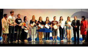 gimnazijatolmin-maturanti20141.jpg