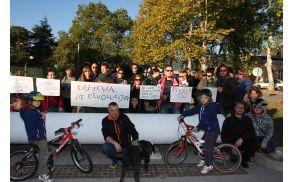 Globalni protest proti kapitalizmu na Trgu Evropa v Novi Gorici, foto: Toni Dugorepec