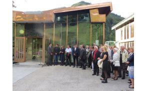 Gostje pred odprtjem prenovljenega Paviljona NOB (foto Media butik)