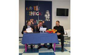 Dr. Martin Šinigoj, Jurij Paljk in dr. Zdravko Štor - foto Helena Ferjančič