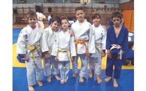 Tekmovalci JK Duplek v starostni kategoriji do 12 let - (foto: MD)