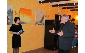 Razstavo likovnih stvaritev je slavnostno odprl prof. dr. Janez Bogataj. Foto: Stanka Golob (vse)