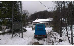 40KW agregat v lasti CZ Šempeter je bil prepeljan na Predmejo.