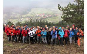 Sončki pri spustu z Gore proti vasi Studeno (Tatjana Rodošek)
