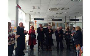 Predaja slik Draga Jermana s strani občine Lukovica poslovalnici pošte Lukovica