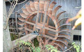 Za izdelavo kolesa je bilo potrebnega veliko obrtniškega znanja.
