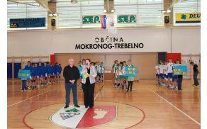 Predstavitev ekip in pozdravni nagovor ravnateljice ter župana  Foto: J.G.