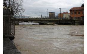 Most v Mirnu