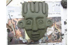 Utrinki iz ustvarjalne delavnice izdelovanja afriških mask