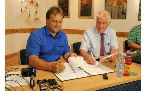Iris Stres - Podpis pogodbe za obnovo Kanina