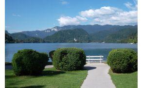 jezero2.jpg