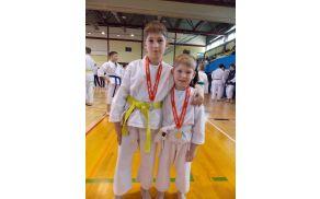 Aleks in Kevin Pavlin uspešna mlada karateista. Foto: Tanja Pavlin