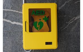 AED - naprava za oživljanje ob zastoju srca