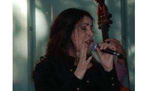Klarisa Jovanović, glas