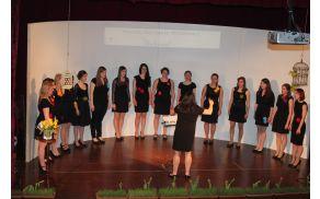 Ženski pevski zbor Kolorina