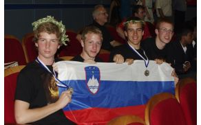 kritof2013-08-06_volos_ekipa_zmaga.jpg