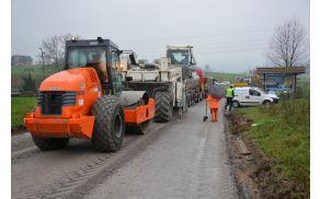 Cestna dela v Krški vasi (foto: Gašper Stopar, Matej Šteh)