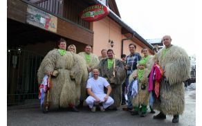 Kulturno, turistično in etnografsko društvo korantov Demoni iz Vidma pri Ptuju se je ustavilo v Dragomerju.