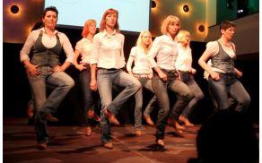 Ples v vrsti za vse generacije - LINERA