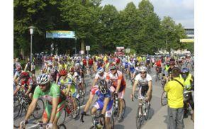 Z lanskega maratona (foto: http://www.kolesarsko-drustvo-grosuplje.si/)
