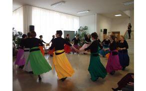Nastop plesne skupine Mavrica