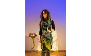 Mlada pesnica Meta Stergar. Foto: Mkud Kobarid
