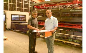 Peter Janša (desno) v proizvodnji