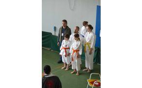 Ekipa Yoshitake pred pričetkom turnirja