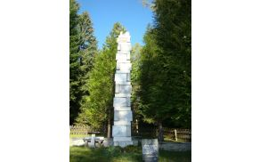 obelisklackovodred.jpg