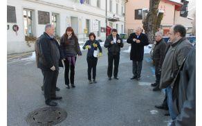 Poslansko in vladno skupino SD je sprejel kobariški župan Robert Kavčič. Foto: Nataša Hvala Ivančič