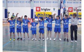 Ekipa mini odbojke je postala podprvak v državnem prvenstvu. Foto: Borut Jurca