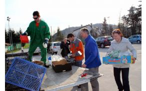Spomladanska akcija zbiranja nevarnih odpadkov je bila dobro obiskana.