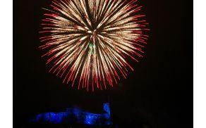 Ob polnoči bo ognjemet z Ljubljanskega gradu osvetlil nebo nad Ljubljano in oznanil pričetek novega leta. (foto: Dunja Vedam, Turizem Ljubljana)
