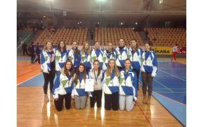 Kadetska reprezentanca - fantje in punce na turnirju v Mevza 2013