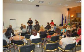 Foto: Arhiv Območne-obrtno podjetniške zbornice Ajdovščina, usposabljanje za frizerje