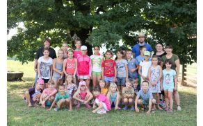 Udeleženci Otroških počitniških delavnic z angleškimi uricami, foto Alenka Stražišar Lamovšek