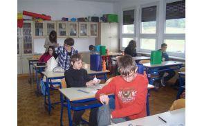 V učilnicah so tekmovalce pričakala darilca prijaznih donatorjev