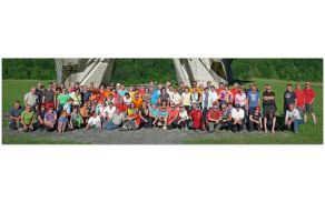 Skupinska slika planincev - pohodnikov