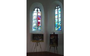 Likovna dela so zaživela v čudovitem okolju kapele.