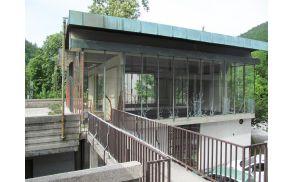 Paviljon NOB pred začetkom adaptacije (foto Arhiv Občine Tržič)