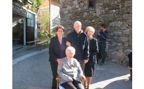Stoletnica Pepca z družino. Foto: družinski arhiv.
