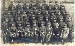 petrova_eta_1918.jpg