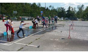 Pionirke na treningu pred državnim prvenstvom v Podlipi